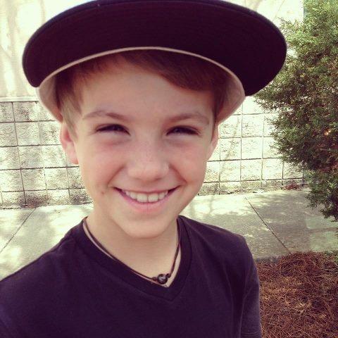 Mattybraps Smiling