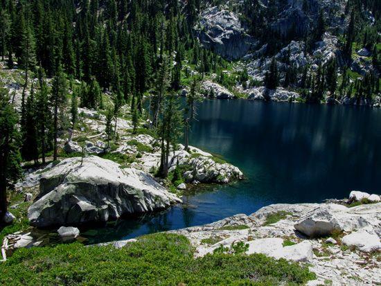 Mumford meadow- Hiking Big Bear Lake in the Trinity Alps — Northern California Hiking Trails