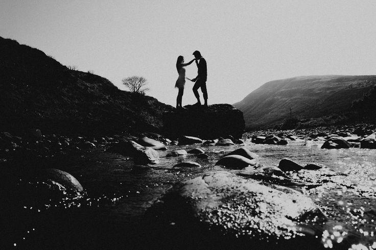 #terralogical #couplesession #destinationwedding #isleofskye #scotland #unitedkingdom