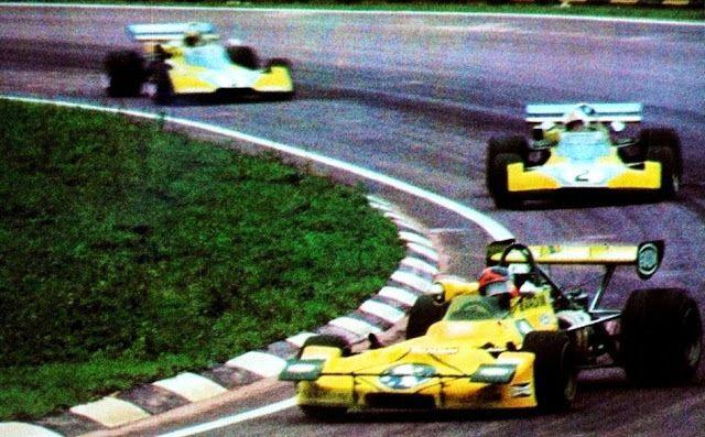 (1) Emerson Fittipaldi - Lotus 69 Ford BDA - Gold Leaf Team Lotus - (2) Mike Hailwood - Surtees TS10 Ford BDA/Hart - Matchbox Team Surtees - (3) Carlos Pace - Surtees TS15 Ford BDA/Hart - Matchbox Team Surtees - II Torneio Brasiliero Formule 2 1972 - Interlagos, Sao Paolo, Brazil