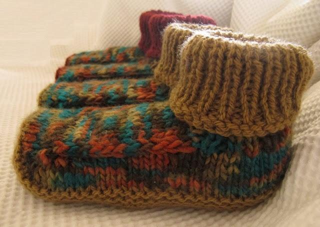 Muito fácil de tricotar esta receita gentilmente publicada no blogArmazem do Tricô