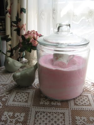 Pink Laundry detergent 3 Simple ingredients is all it takes! Laundry Detergent