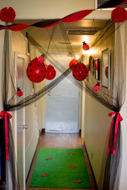 Lady Bug Garden Party: The set ups-polka dot balloons