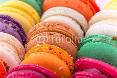 Colorful french macaroons© Kesu