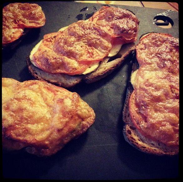 @krine_22 Tartines! #yummy #poilâne #mandochef #tupperware #bonapp