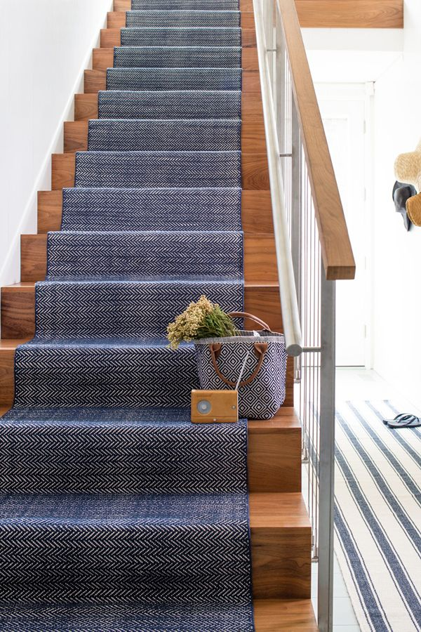 Incorporate timeless design indoors or out with Dash & Albert's selection of durable and stylish rugs for the home. Available in an array of colors, patterns and constructions, Dash & Albert rugs represent iconic style with myriad tastes in mind.