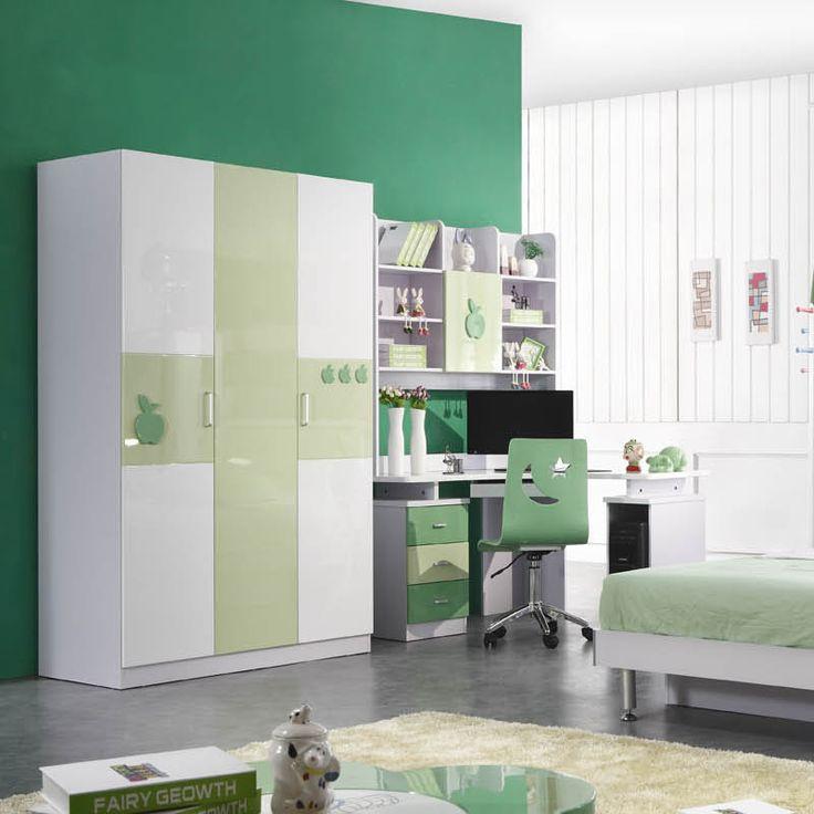 Зеленый детский современный шкаф с рисунками яблок в интерьере комнаты купить в интернет-магазине https://lafred.ru/catalog/catalog/detail/22610035540/