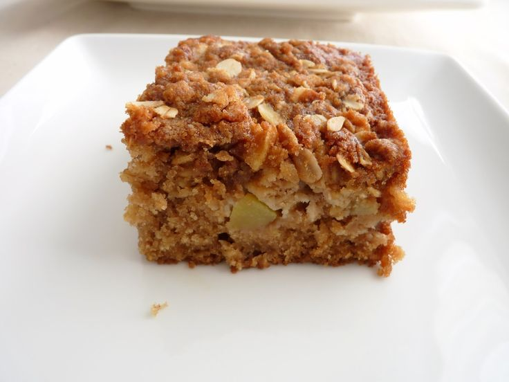 Apple Cinnamon Oatmeal Cake