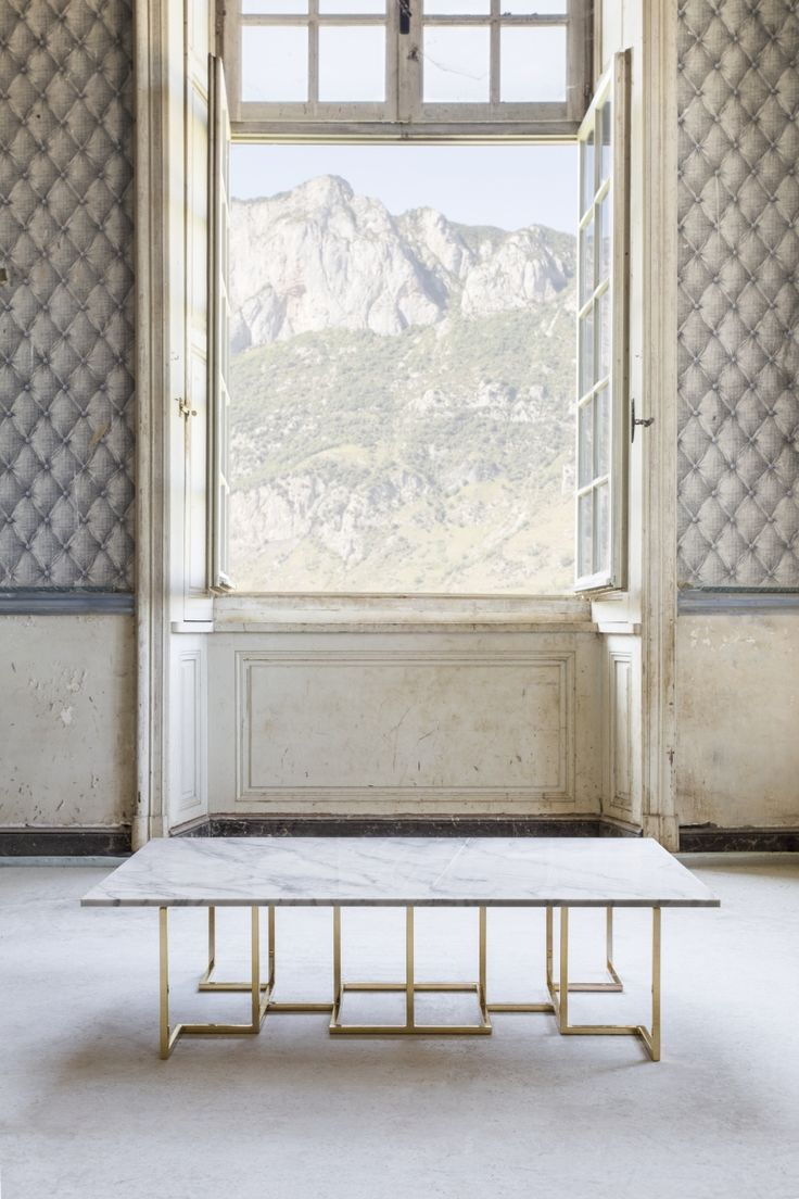 SEMTIOMO GOLD COFFEE TABLE  #BrahmansHome #BrahmansFiveElements #Brahmans #Design #Interiordesign #photoshoot #photosession #fashion #luxuryfashion #chateaugudanes #France #hautecouture #finearts #semtiomo #coffeetable #table #furniture #homedecor #fivelements #gold #marble #stone #carrara #carraramarble #goldcollection #collection #homeinspirations #interiors
