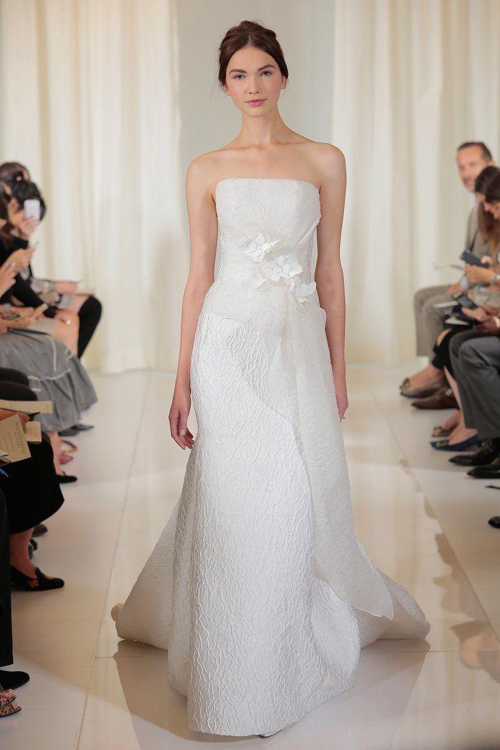 Pin for Later: 150 Robes de la Bridal Fashion Week Automne/Hiver 2016 à Ne Pas Manquer Angel Sanchez