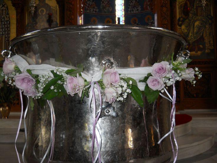 Γιρλάντα με μωβ τριαντάφυλλα
