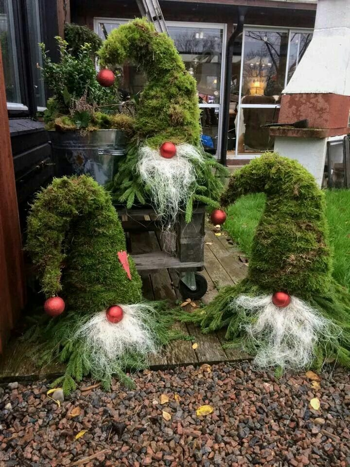 Christmas decor, gnomes with moss