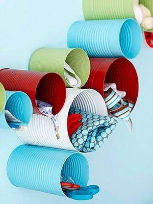 Boîtes de conserve détournées: association des couleurs à conserver!