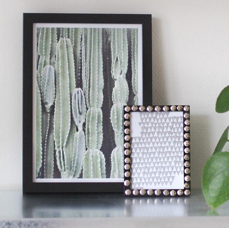 DIY poster frame from drawing pins - Lav din egen billedramme af tegnestifter
