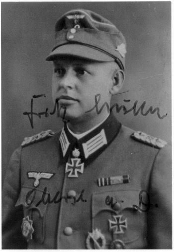 ✠ Fritz Müller (3 October 1907 – 26 January 1994) RK 25.08.1942 Hauptmann Kdr II./Jäg.Rgt 38 8. Jäger-Division [477. EL] 14.05.1944 Oberst Kdr Gren.Rgt 208 79. Infanterie – Division