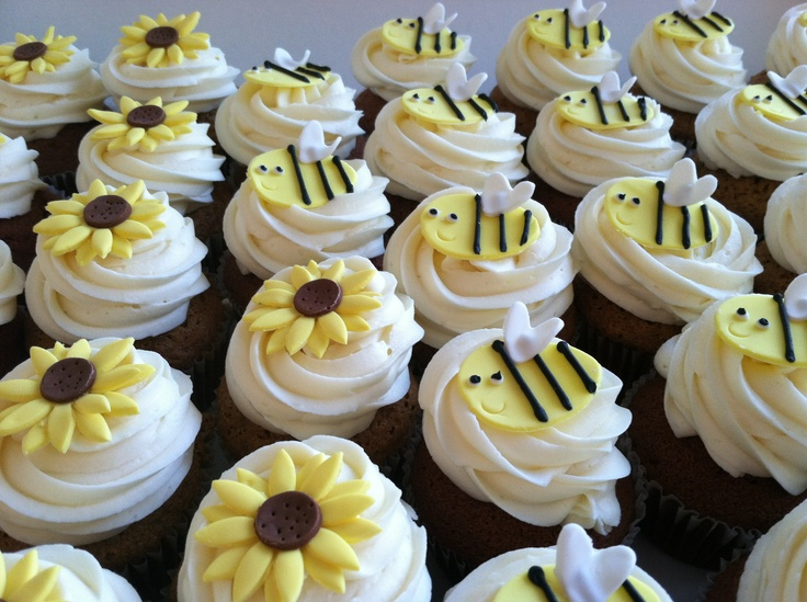Baby Shower Cupcakes Topped With Bees And Sunflowers #cupcake #bees # Sunflower #baking