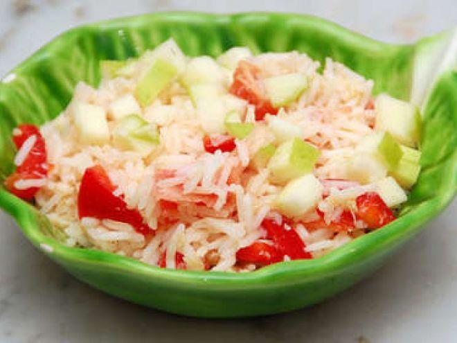 Ricetta Portata principale : Insalata di riso basmati con polpa di granchio, mele e peperone da Menu turistico
