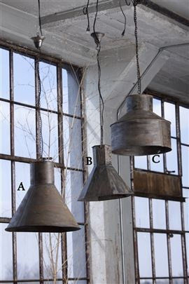 A wonderful 'grouping' of metal funnel lamps! Would be great over a farmhouse kitchen island....      :)