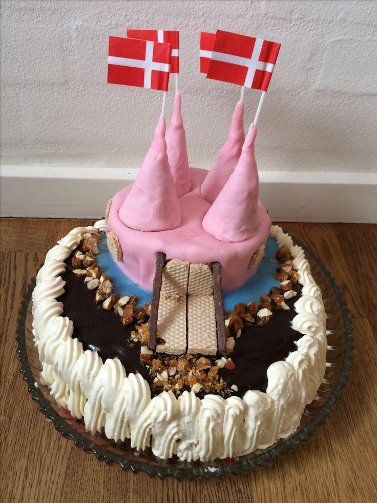 Castle cake - brithdaycake.