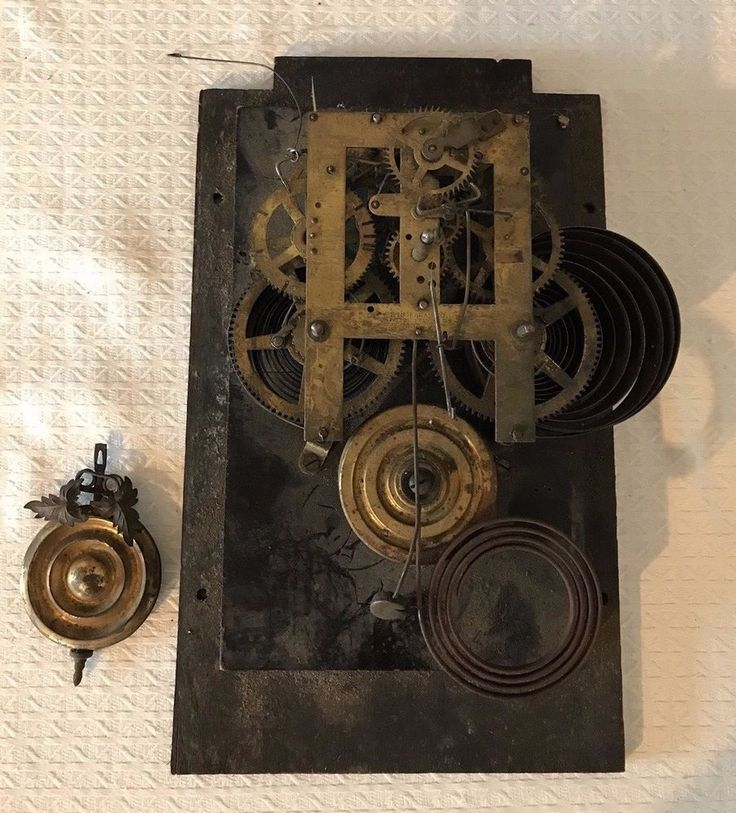 Antique E. Ingraham 8 Day Half Hour Strike Kitchen Clock Domino #EIngraham