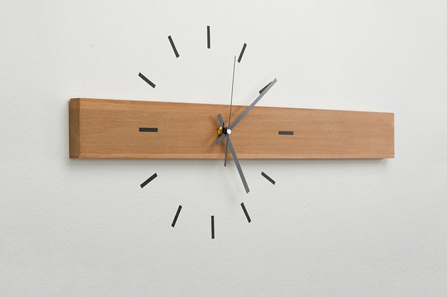 Moderne Wanduhr mit Holzbalken / modern wall clock with wooden bar by design-76 via DaWanda.com