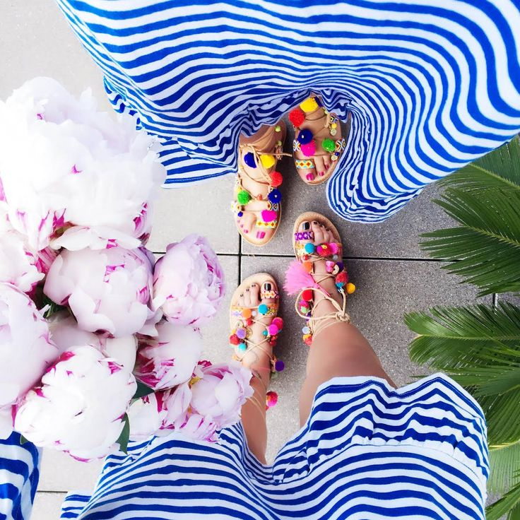 pom-pom-sandals-hippie-stripes