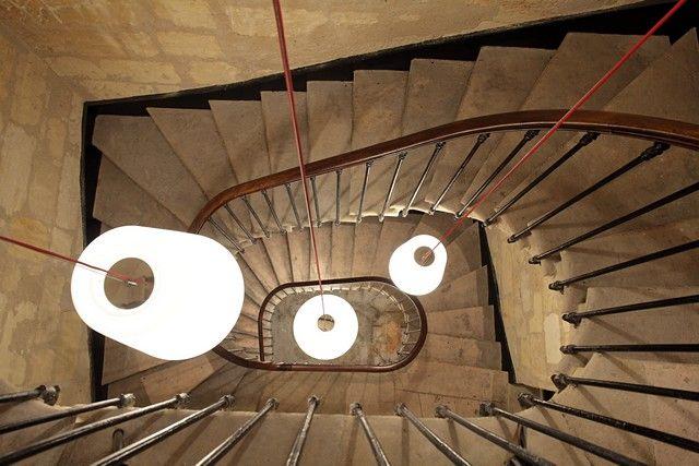 les 25 meilleures id es de la cat gorie cage d 39 escalier sur pinterest cage d 39 escalier. Black Bedroom Furniture Sets. Home Design Ideas