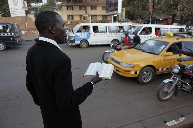 Man brings american religion into streets.