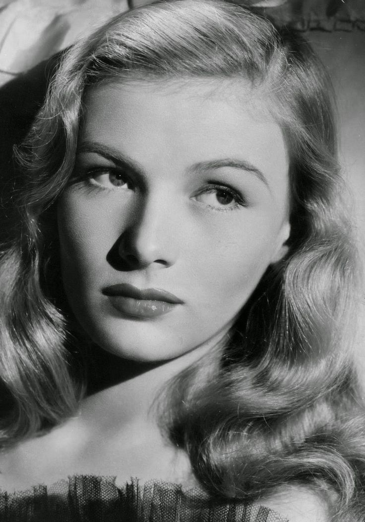 100+ ideas to try about Veronica Lake | The glass ...  100+ ideas to t...
