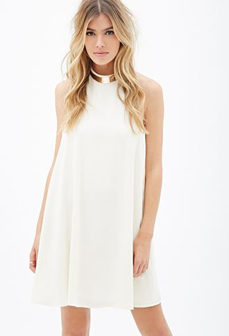 This in black... would go perfect with my new heels! Plated-Collar Trapeze Dress | FOREVER21 - 2000117174