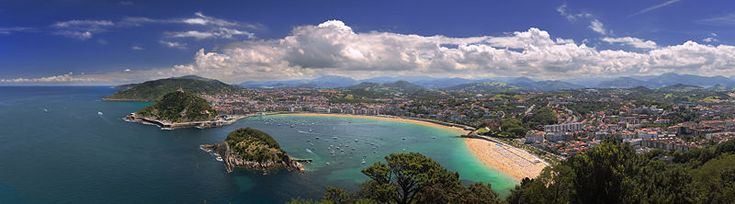 I was lucky enough to visit San Sebastian this past fall (2011) and it's just as beautiful as the photo. Maybe more.
