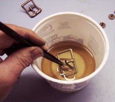 yet anotha use for vinegar! a vinegar bath which speeds up natural oxidation (tip to steampunk DIY)