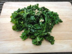 Day 6 #greenvegchallenge This sautéed kale recipe call for balsamic vinegar which gives it a sweet and powerful flavour