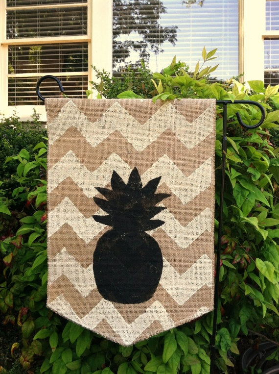 36 best images about pineapple decorations wreaths signs for Pineapple outdoor decor
