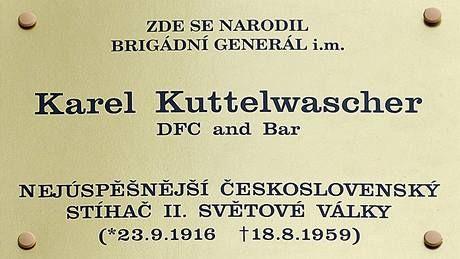 Karel Kuttelwascher - pamětní deska