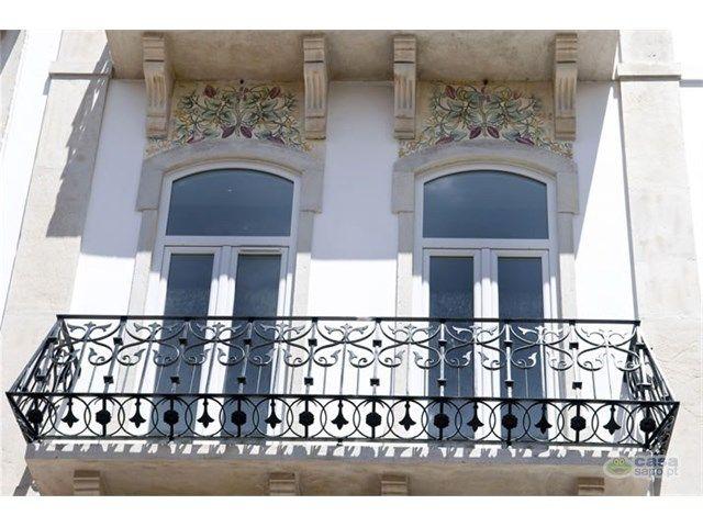 Apartment 2 Bedrooms For sale 300,000€ in Lisboa, São Vicente, Graça (Graça) - Casa Sapo - Portugal's Real Estate Portal