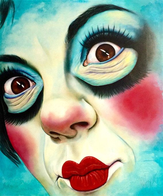 Stampa tipo poster in formato 40x50 cm dellopera DollSamantha tecnica mista su tela di Monica Spicciani. Lopera originale è 100 x 120 cm e al