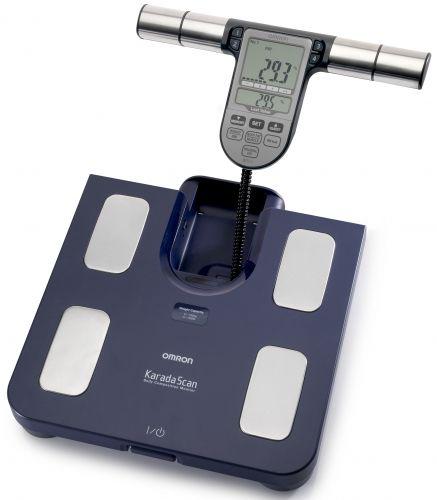 OMRON BF511 testösszetétel-elemző mérőkészülék (2 színben) - A készülék már 6 éves kortól használható, méri a testsúlyt, a testzsír és a zsigeri zsír arányát, a vázizomszerkezet százalékot, valamint a BMI besorolás és a nyugalmi anyagcsere mutató (RMR) kiértékelésére is képes.