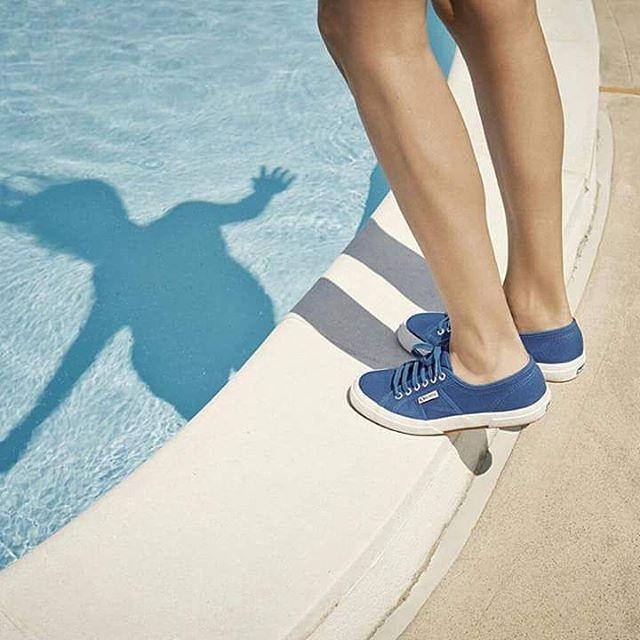 Would you say no to a pool such a warm day? #superga #supergagreece #pool #summer #fun #enjoy #heat #sun #hot #blue #moodoftheday #summermood #moodoftheweek
