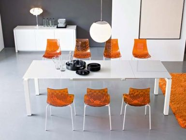 Calligaris Airport Extendable Dining Table - extends to three sizes :)