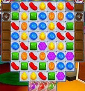 Candy Crush Saga Cheats Level 275 - http://candycrushjunkie.com/candy-crush-saga-cheats-level-275/