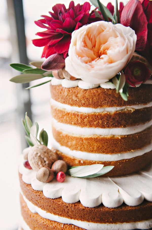 perfect naked wedding cake // photo by Nicole Berrett // http://ruffledblog.com/fuchsia-holiday-celebration