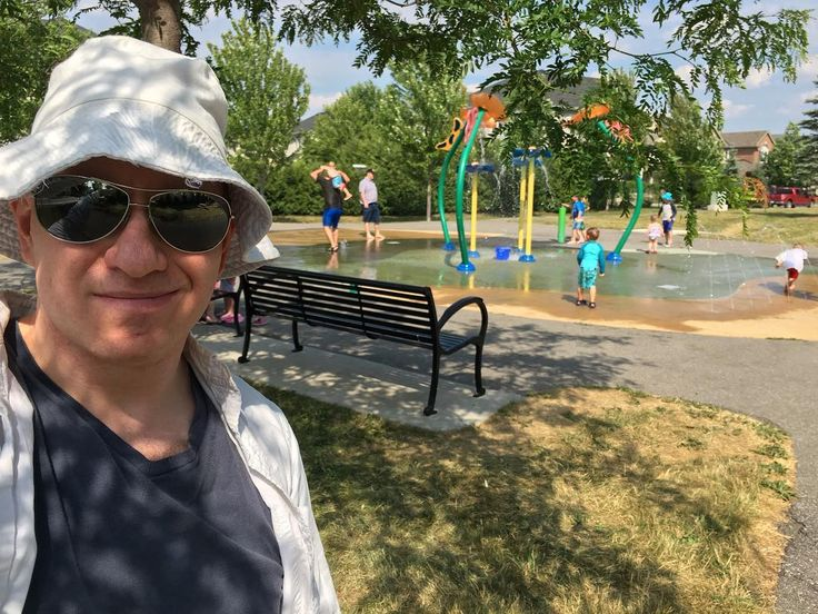 #Ottawa #Kanata @pdiddledoop's street has multiple parks including this water park. Suburbia can be so cozy and pretty. Much less stressful than my glass tower in downtown Toronto. #nature #park #families #relaxation Her street - Vendevale Drive - even has its own hashtag that a social media savvy neighbour came up with: #vendies