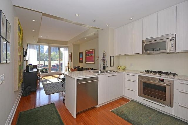 Florian Condos For Sale Yorkville Toronto 88 Davenport Rd Unit 404 Kitchen Victoria Boscariol Chestnut Park Real Estate