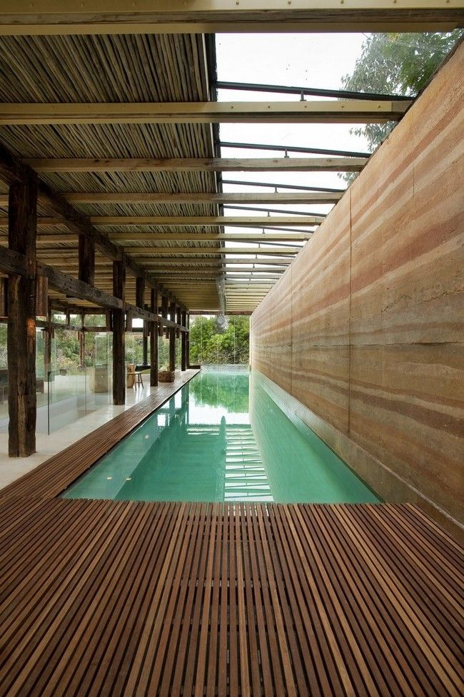 Long and narrow swimming pool