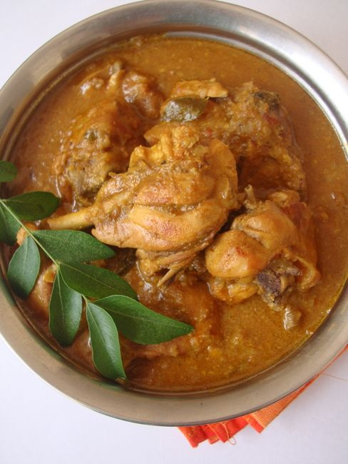 This summer our meals are simple and light. Often our lunch comprises of wholesome and filling salad or one pot meals and loads of flavored buttermilk. Yesterday, I made a simple and delectable chicken curry for our mid day meal.