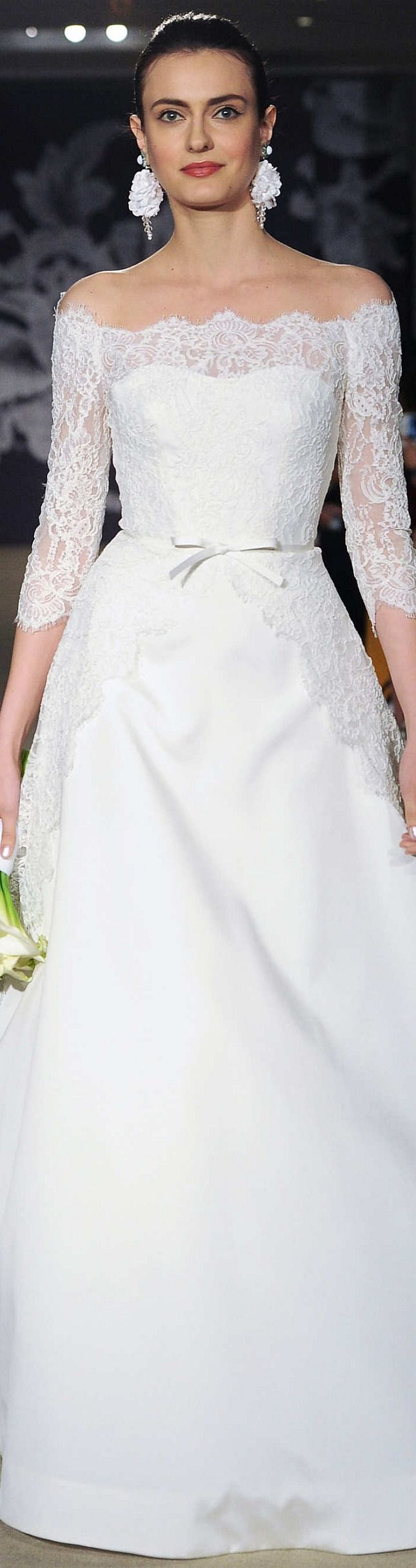 Tendance Robe De Mariée 2017/ 2018 : Carolina Herrera Collection Spring 2015 Bridal...