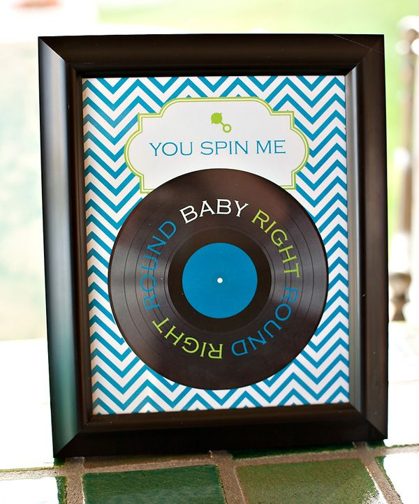 this is the perfect baby shower theme for us. My hubby loves music and I love the decor =)