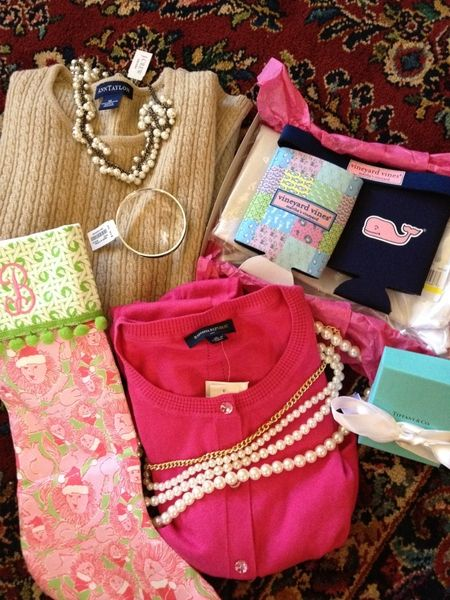 Wish this was in my stocking... Polo, vineyard vines, pearls and Tiffany