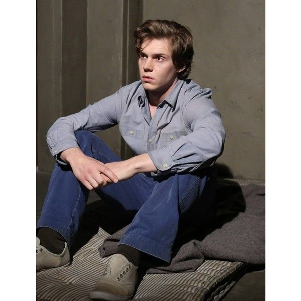 AHS Asylum Still Life (And Death) ❤ liked on Polyvore featuring evan peters, ahs, american horror story, boys and people